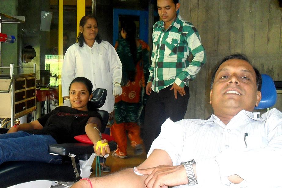 Blood Donation on World Thalassemia Day 2011 at Prathama Blood Centre