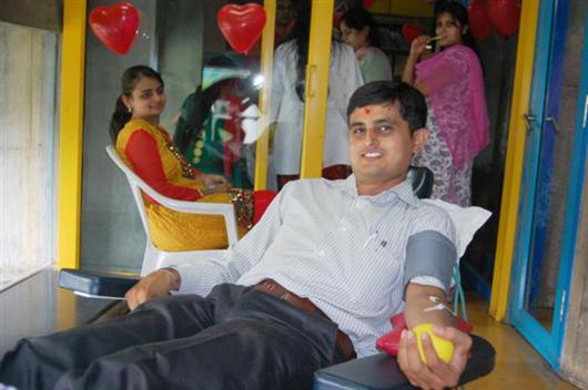 Voluntary Blood Donation on World Blood Donor Day 2011